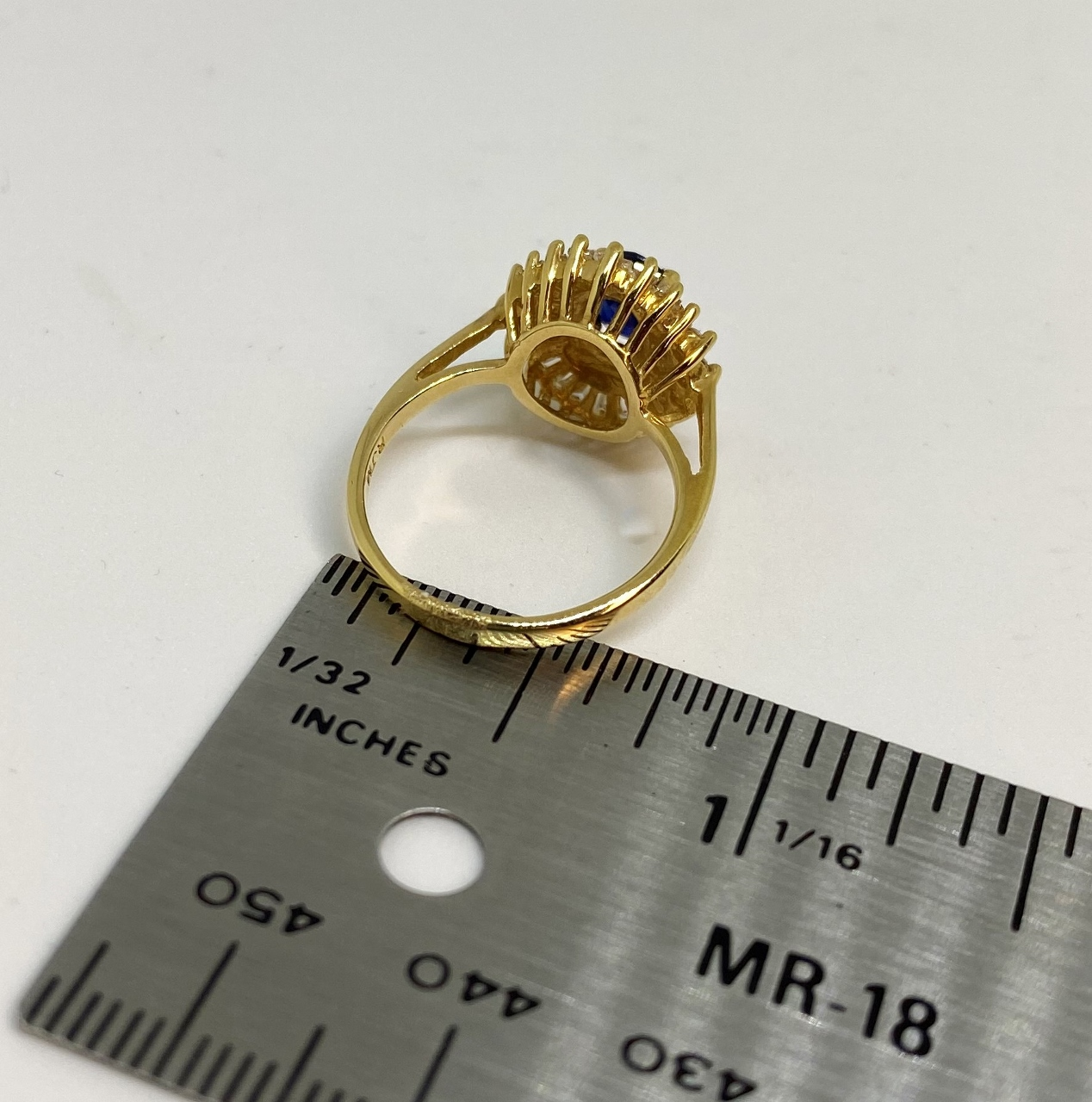 1 Carat Sapphire & Diamond Yellow Gold Ring