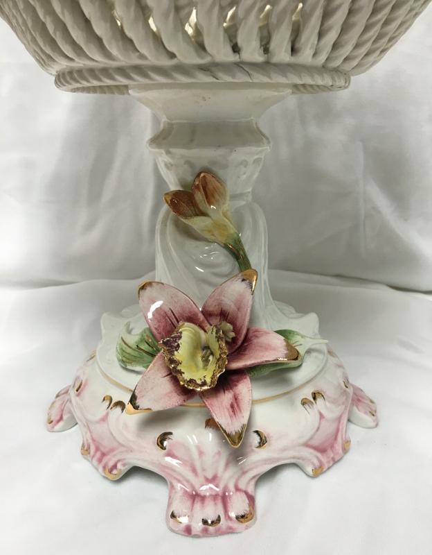Flower Design Porcelain Vase