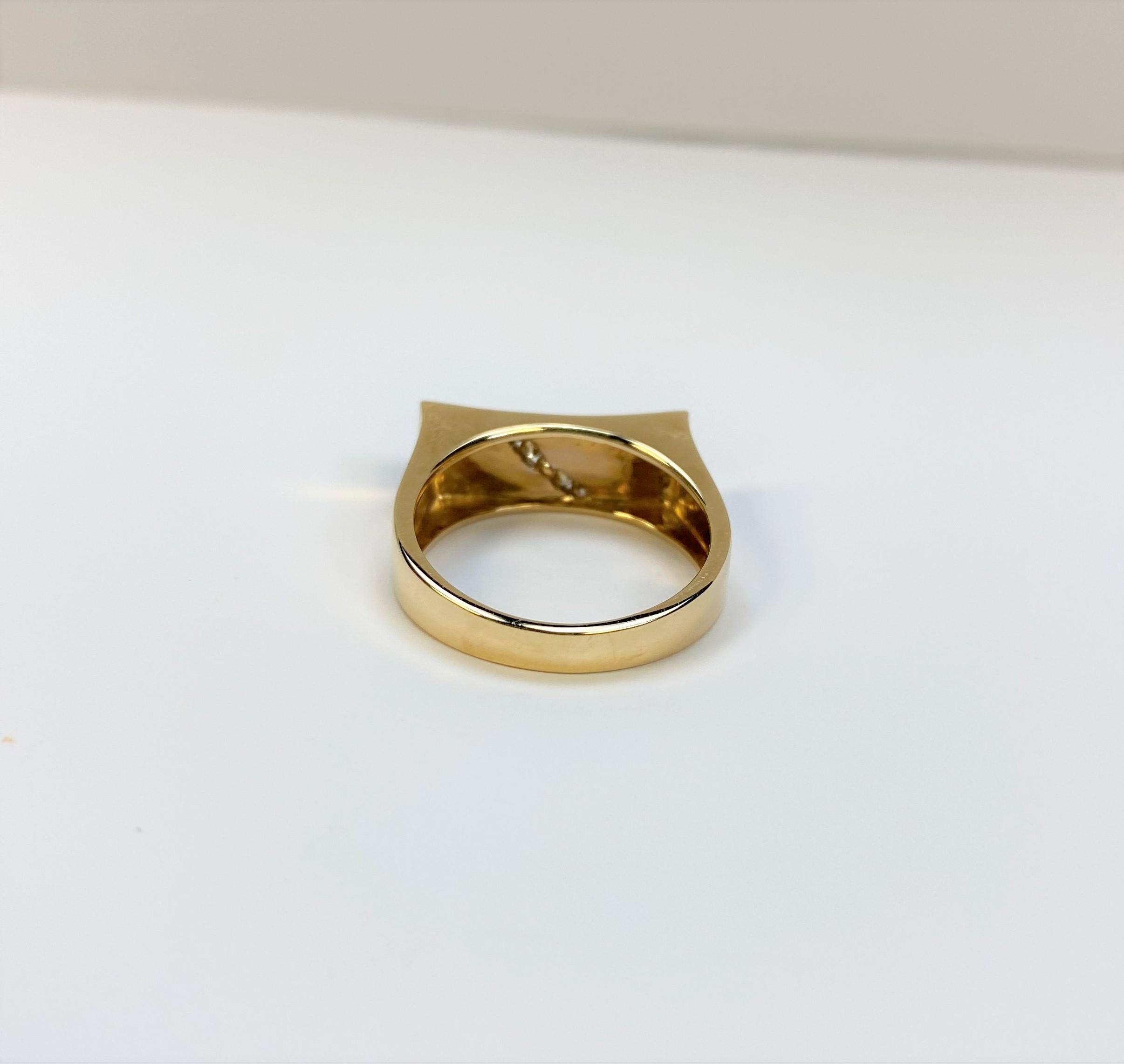Yellow Gold Opal Diamond Ring