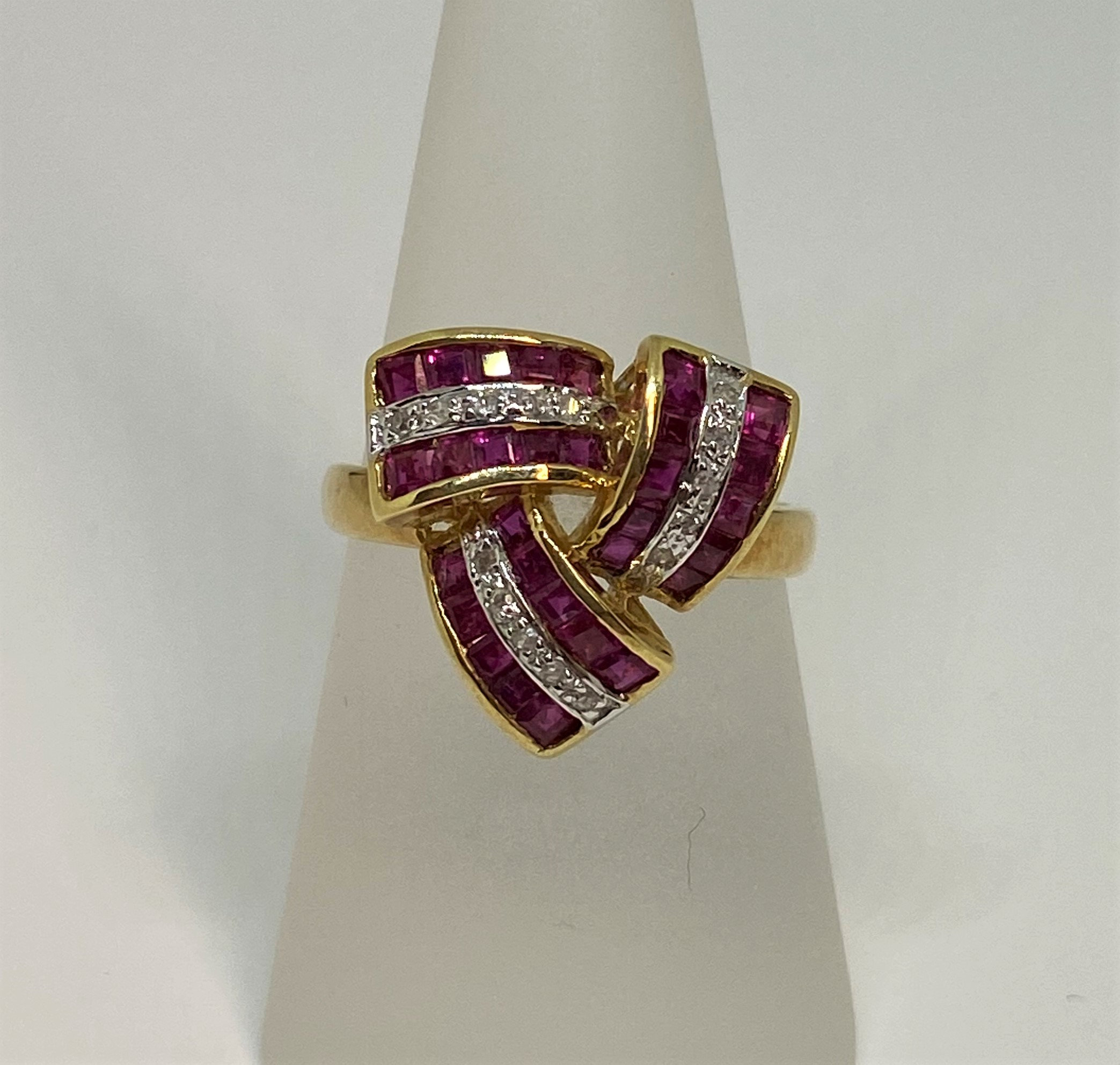 Three Quarter Carat Total Weight Ruby Yellow Gold Ring