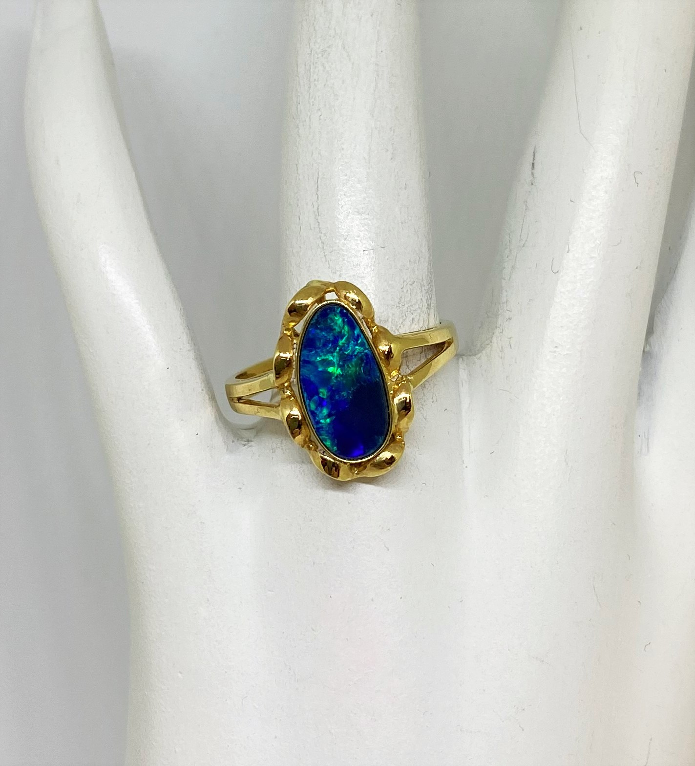 1 Carat Opal Yellow Gold Ring