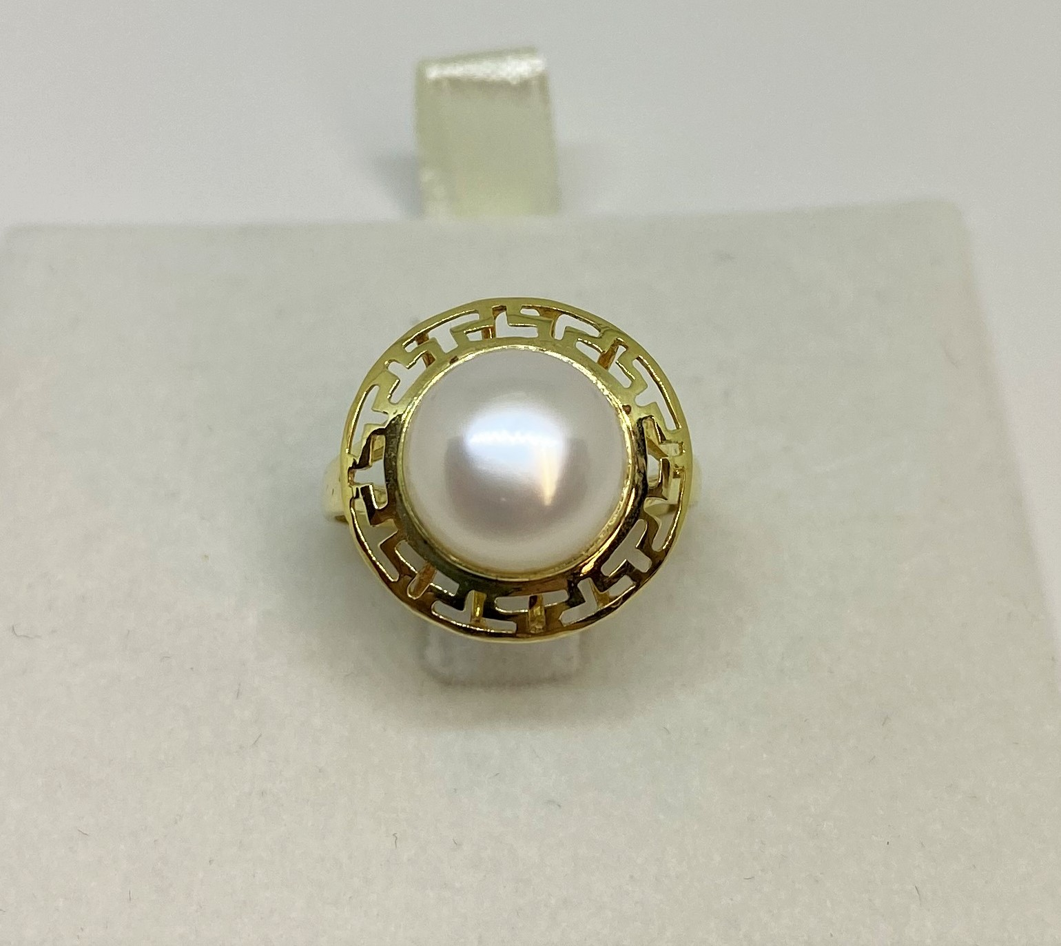 Over 9 Millimeters Button Shape Fresh Water Pearl Ring