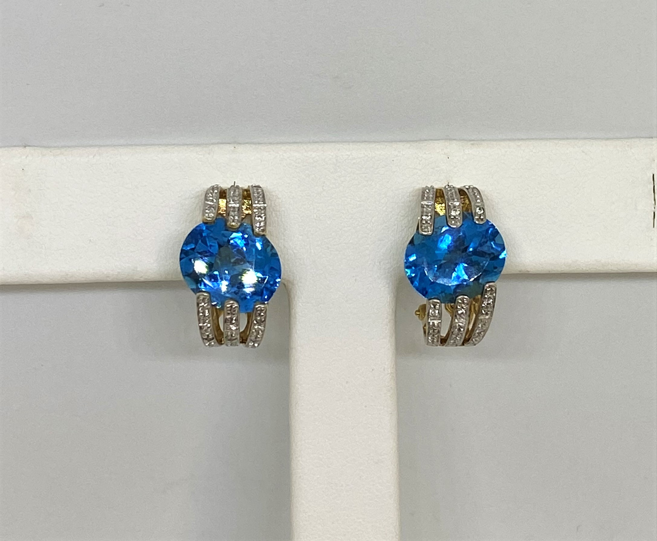 4 Carats Total Weight Topaz Yellow Gold Earrings