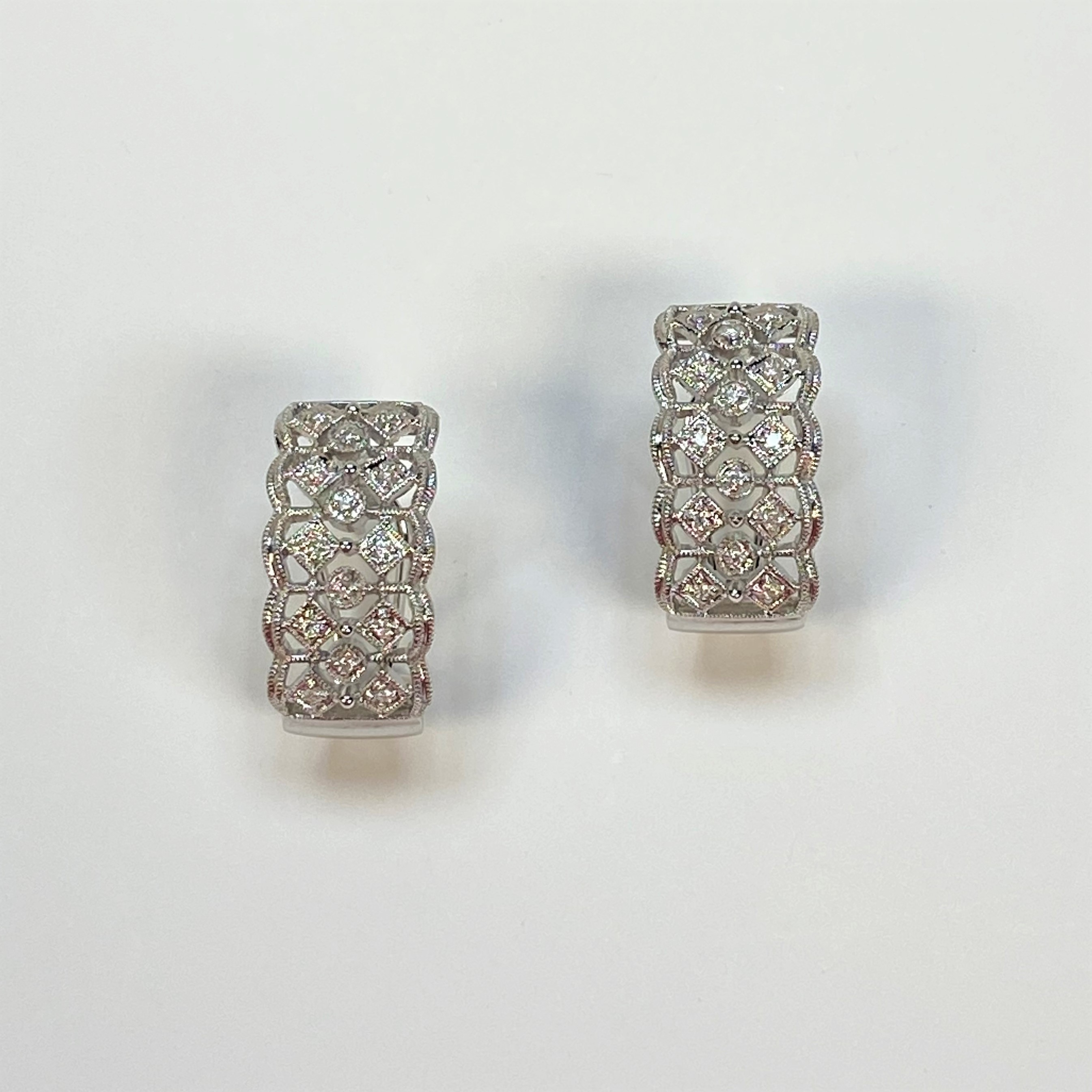1/3 Carats Total Weight Diamond Earrings
